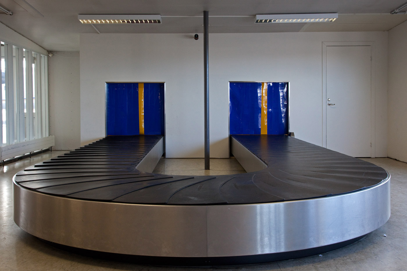 airport-iceland